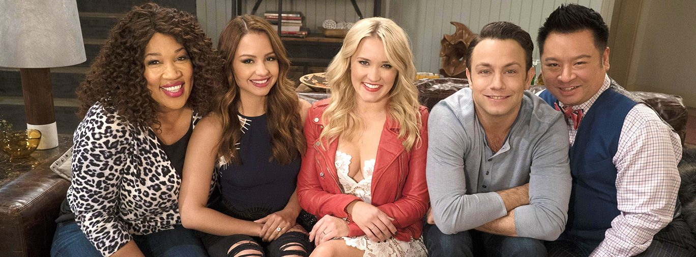 Young and Hungry Season 4 Cast Photo - hero